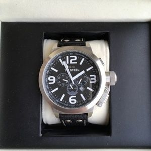 Cool Men's TW STEEL with leather strap  TW4